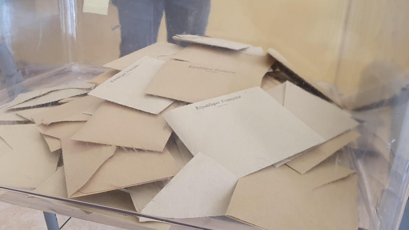 Canton de Lens: Bruno Clavet (RN) et le duo socialiste sont allés voter