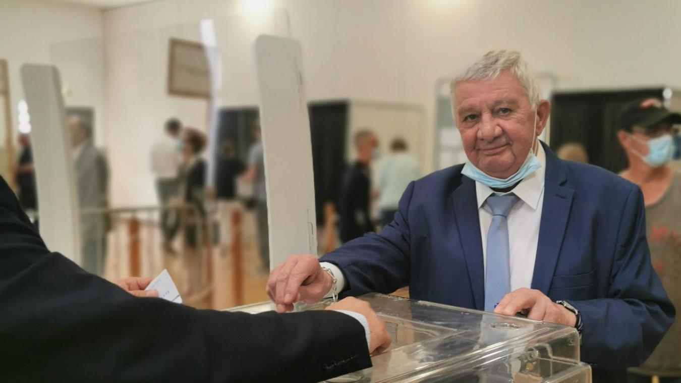Canton de Brebières : Pierre Georget a voté à Vitry-en-Artois