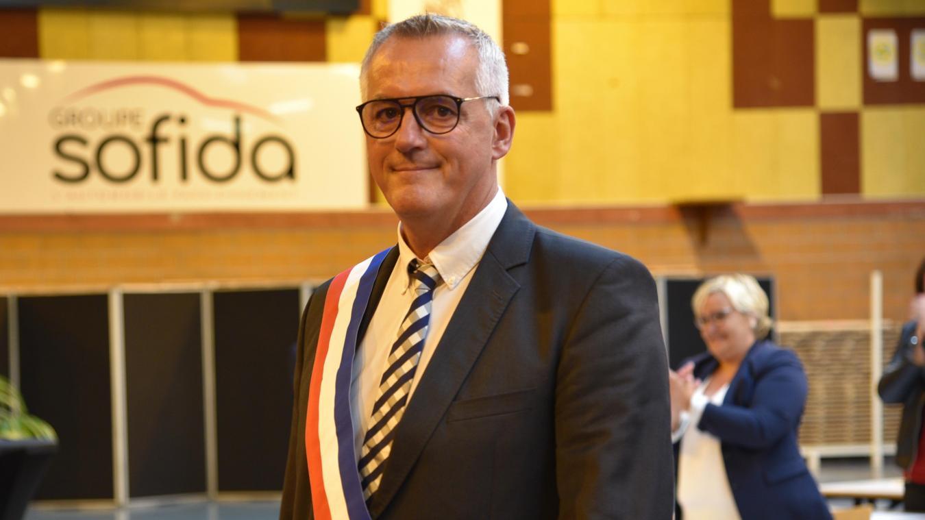 Raphaël Jules s'est présenté au tribunal de Boulogne-sur-Mer afin de montrer que «l'on ne peut pas faire tout et n'importe quoi envers des gens qui s'engagent dans la vie publique.»