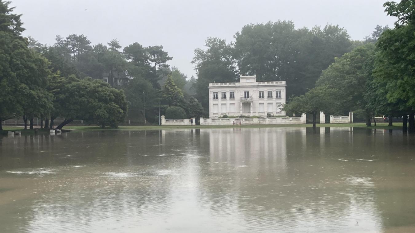 Le jardin d'Ypres sous les eaux.