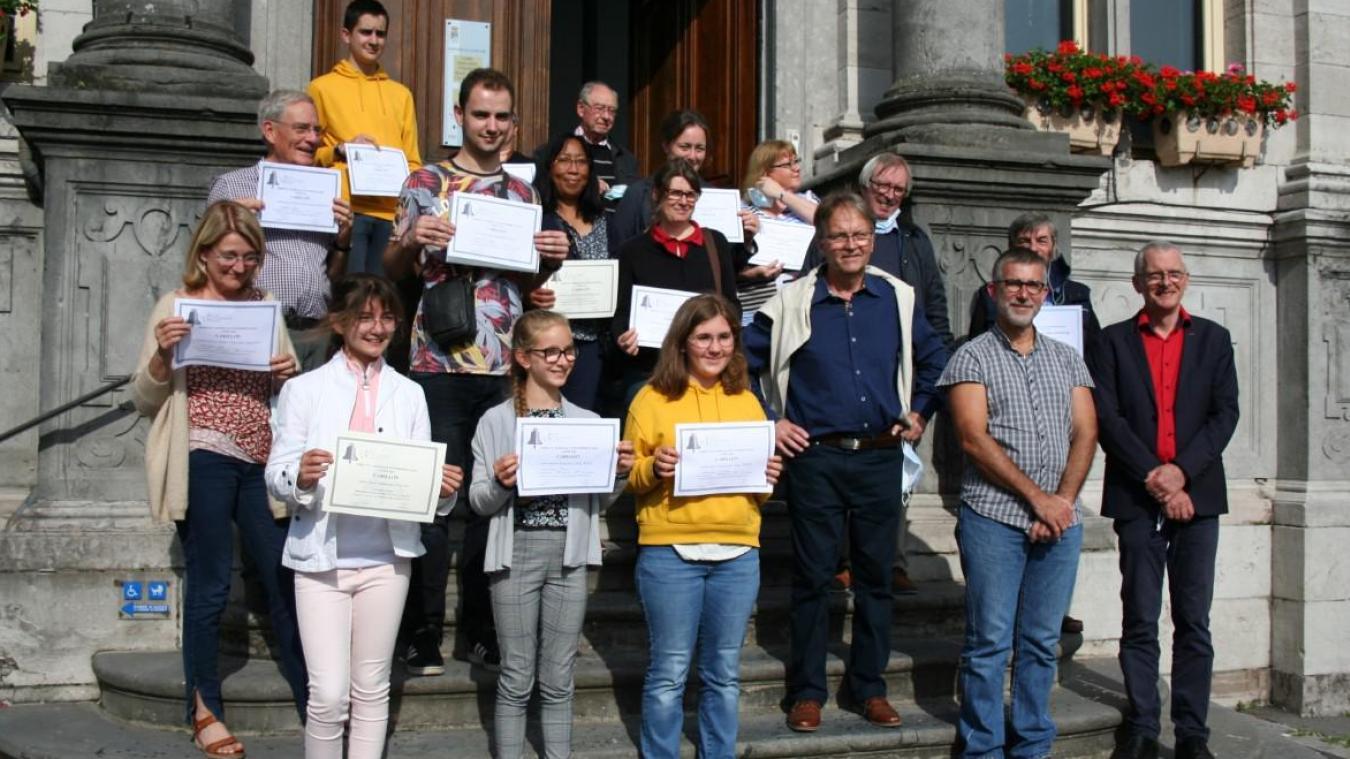 Les lauréats et le jury.