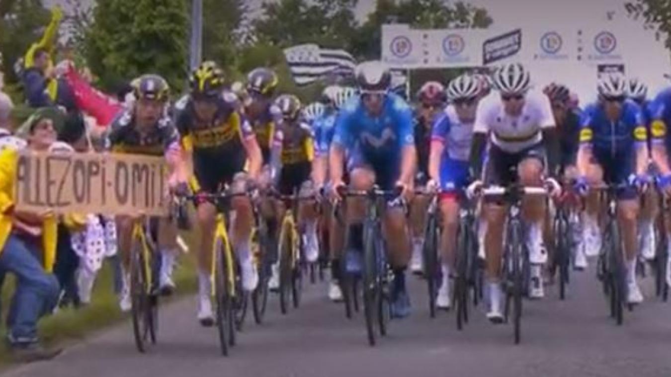 Tour de France: la spectatrice à la pancarte retrouvée et interpellée
