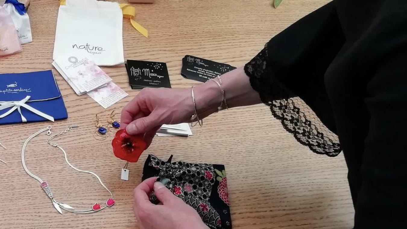 La location de box de bijoux permet alors de renouveler ses pièces régulièrement, sans se priver.