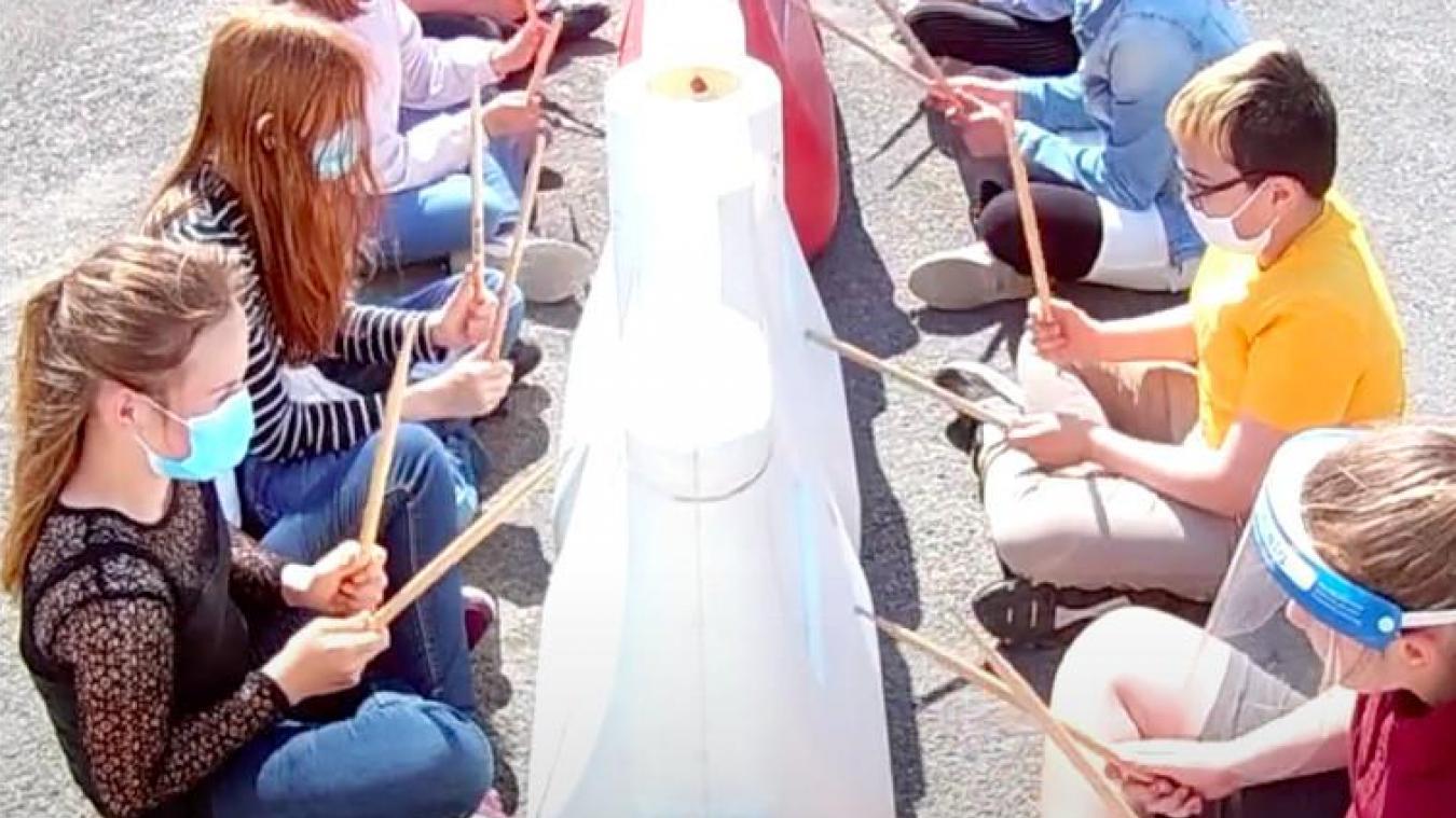 Les collégiens de Vadez à Calais s'inspirent des Stomp pour créer un nouveau style de musique