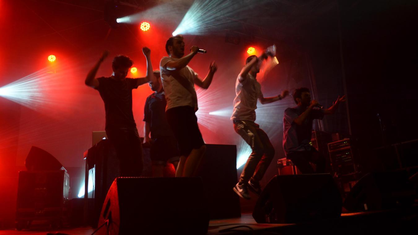 Chaque année, l'AMM fest accueille sur scène des artistes émergents.