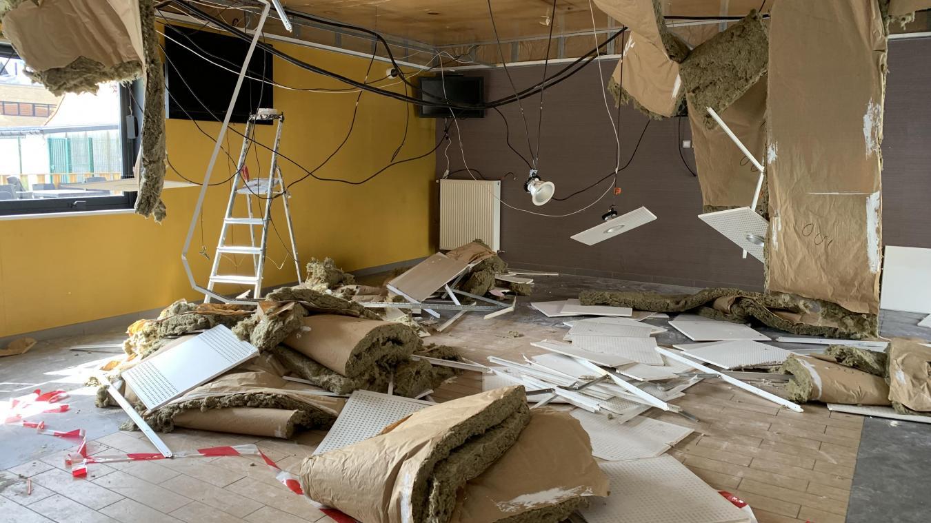 Cet accident a permis de constater que de la laine de verre se consumait sous la lumière. « On aurait pu avoir un incendie  ! », s'exaspèrent les propriétaires.