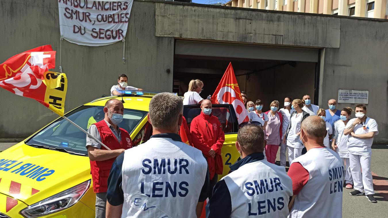 Les ambulanciers du SMUR comptent parmi les oubliés du Ségur de la santé. D'autres grèves pourraient suivre.