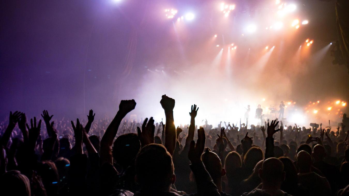 Le concert-test d'Indochine a eu lieu le 29 mai. Le groupe se produit dans la région en juillet 2022