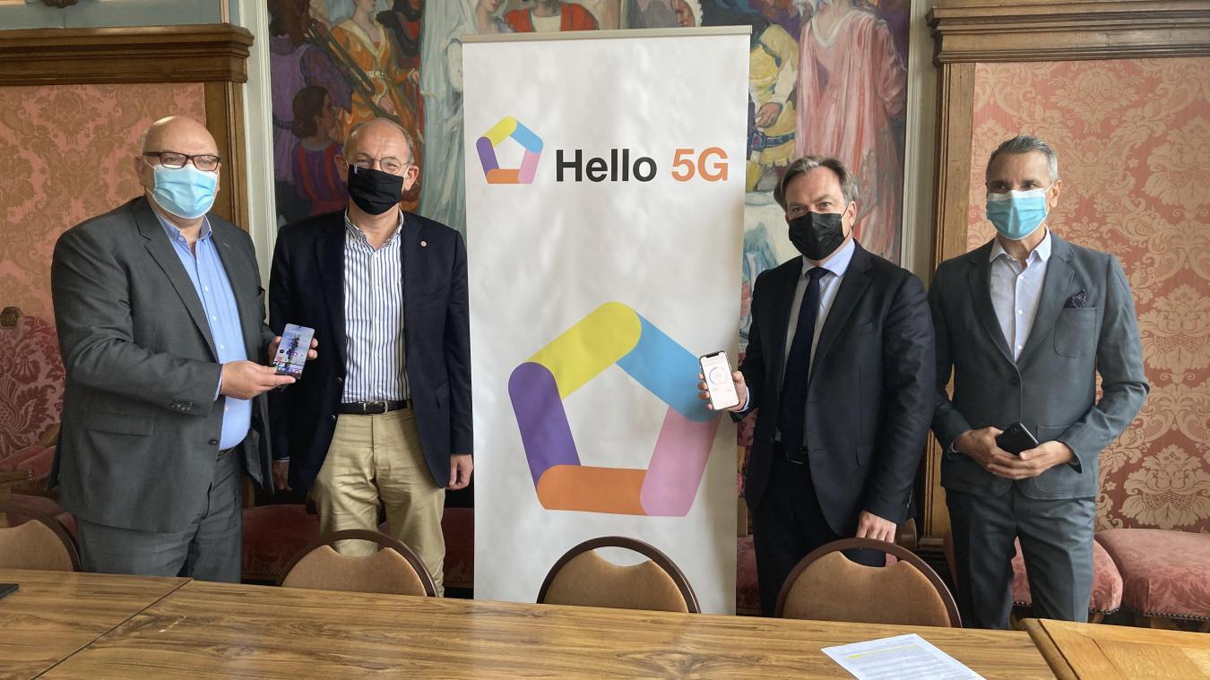 L'opérateur Orange représenté par plusieurs responsables a été reçu par Daniel Fasquelle, maire du Touquet, afin d'officialiser l'arrivée de la 5G.