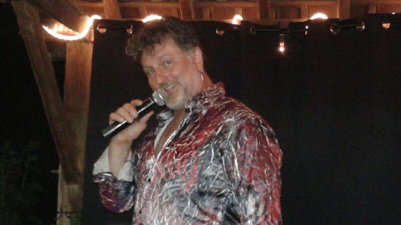 Alain Sombret, grâce à ses talents d'imitateur, a séduit le public.