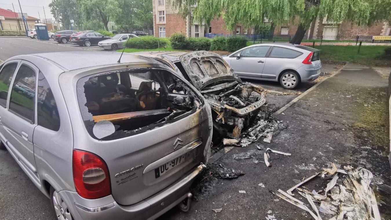 Saint-Pol-sur-Mer : deux voitures brûlées et deux appartements évacués (photos)