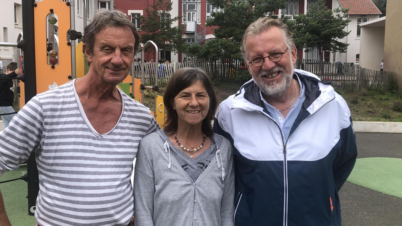 Marc Cichowicz, Anne Dupuich et Dominique Douchin, trois enseignants qui quittent l'école Saint-Éxupéry, au Touquet, pour une retraite amplement méritée.