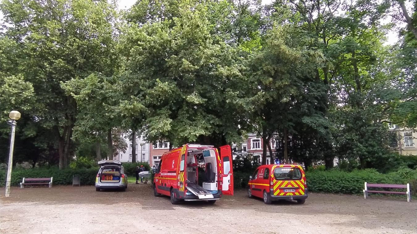 La victime poignardée du parc Saint-Pierre à Calais entendue par la police