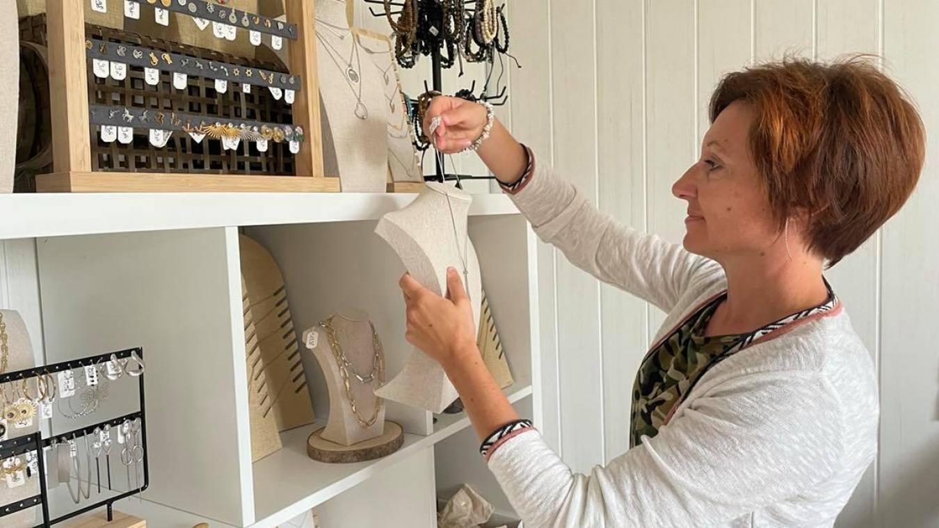 Céline a créé son entreprise au début de l'année 2020. Elle a tout récemment déménagé à Nieurlet.