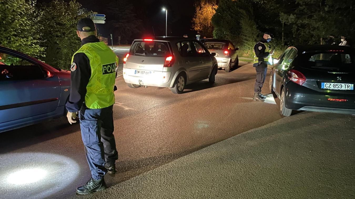 Les policiers du Touquet étaient positionnés le long de l'avenue du Général de Gaulle, jeudi 15 juillet.