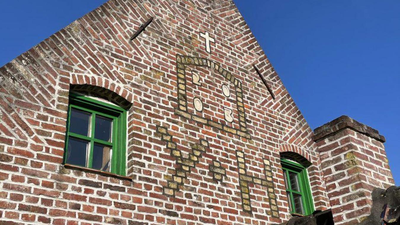 Les briques colorées et les fantaisies sont typiques de la Flandre.