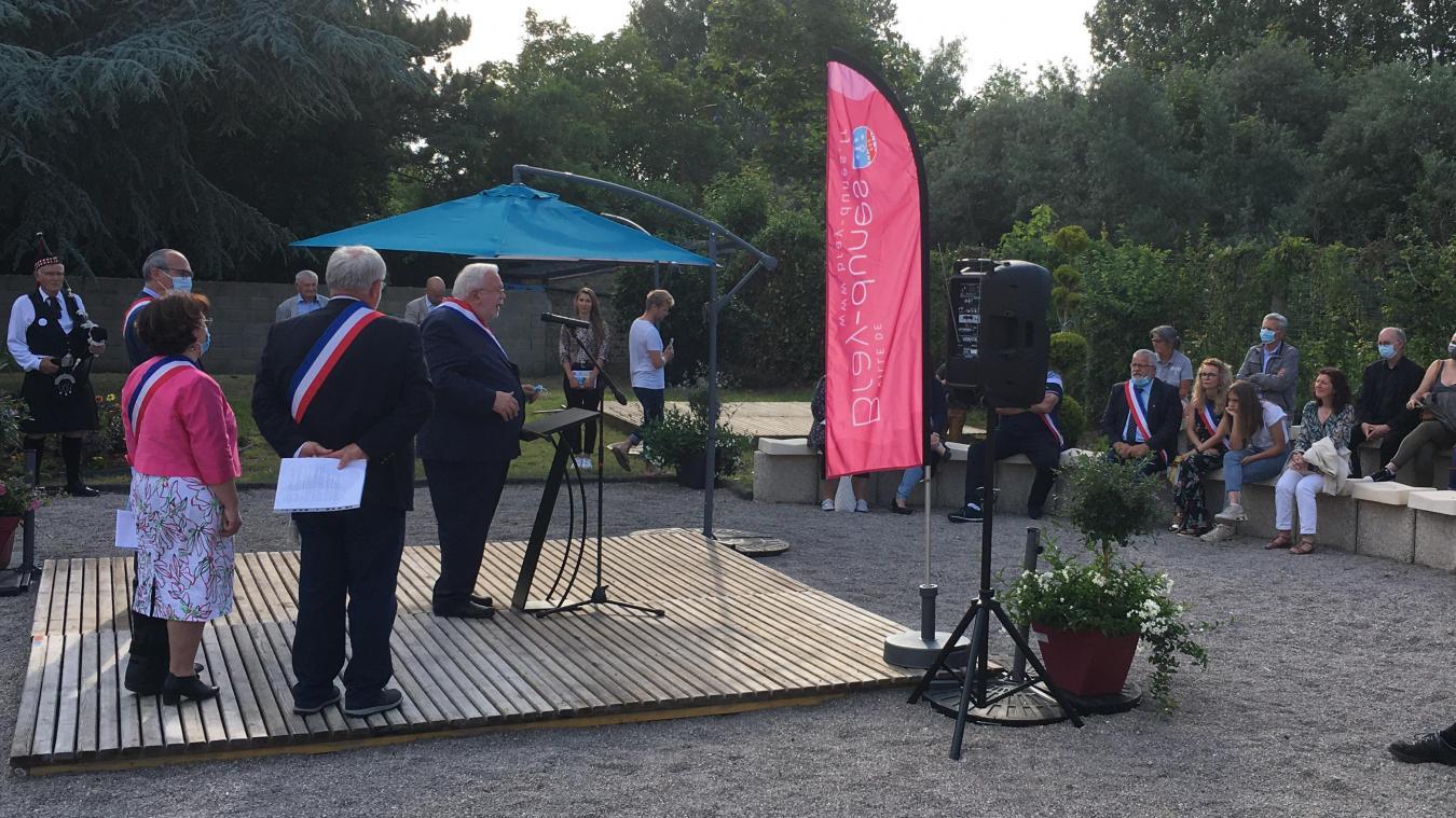 Un jardin aménagé a été inauguré début juillet à la médiathèque Jacques-Duquesne de Bray-Dunes.