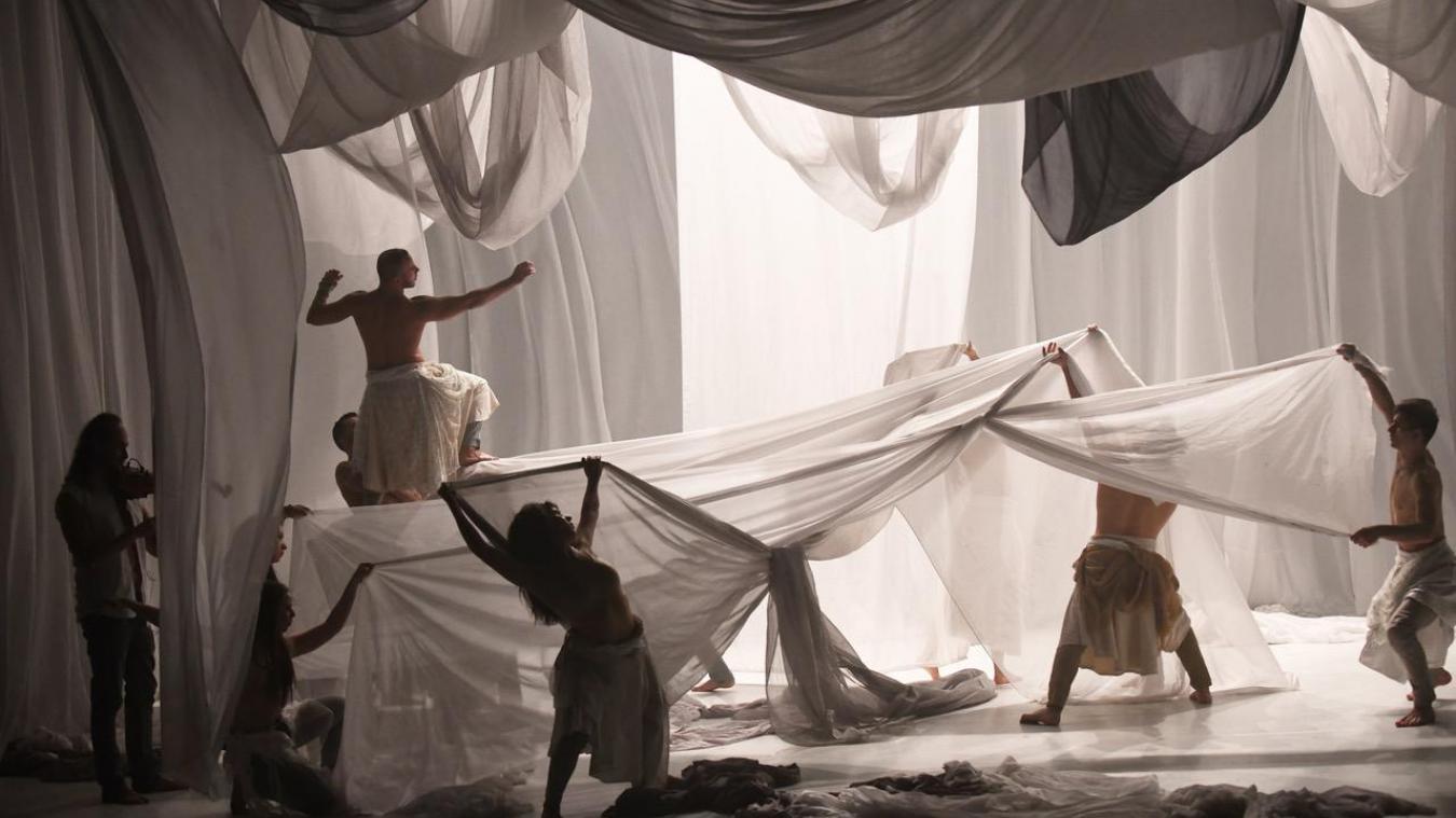 Côté danse, la programmation du théâtre s'annonce riche. La compagnie de danse contemporaine Hervé Koubi est annoncée avec Odyssey.