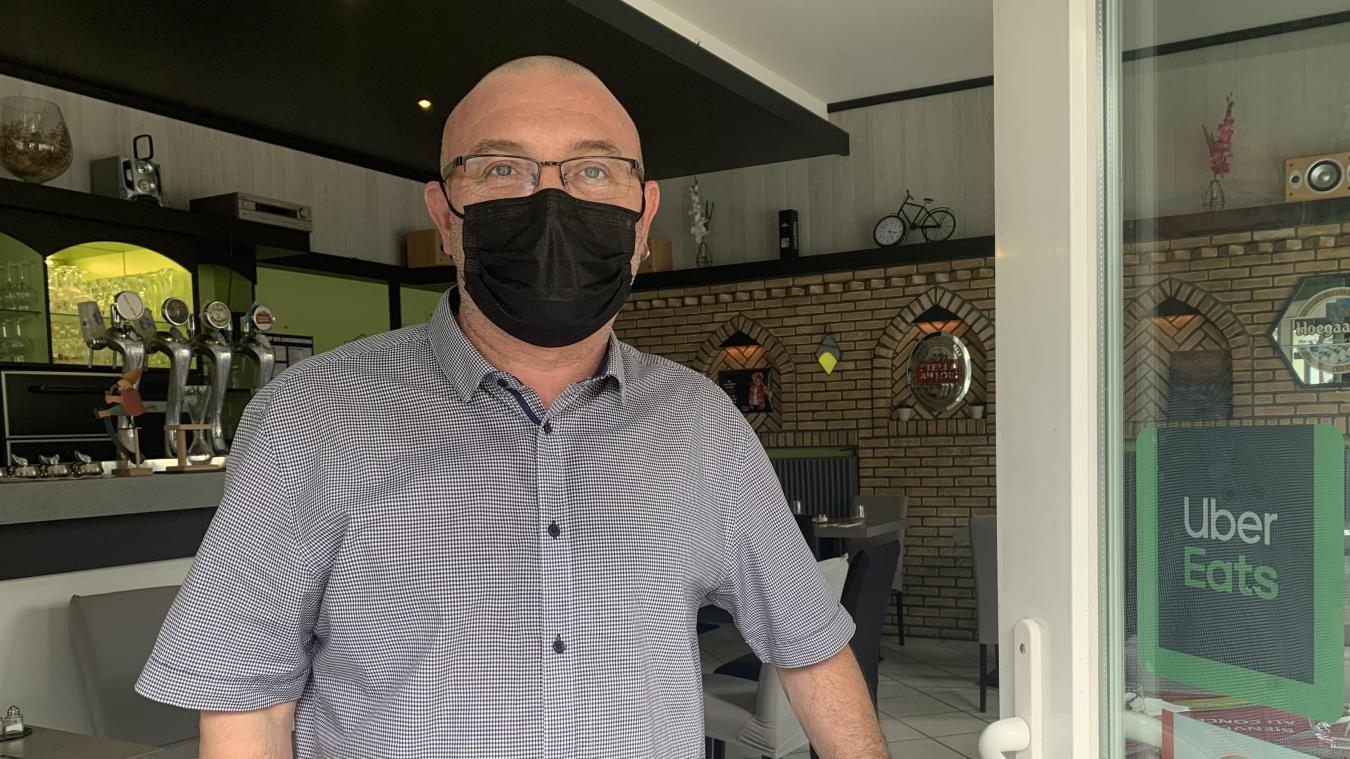 Thierry Luttun est à la tête du Concept, rue d'Ypres, depuis mars 2019. Il emploie deux salariés qui travaillent avec lui dans le restaurant.