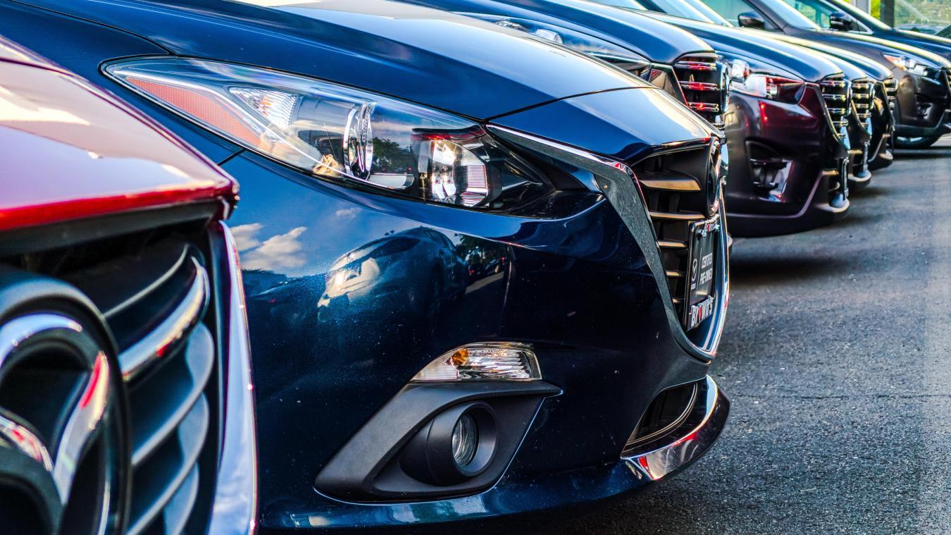 L'ambitieux plan européen ne signifie pas pour autant la disparition des voitures thermiques ou hybrides sur les routes