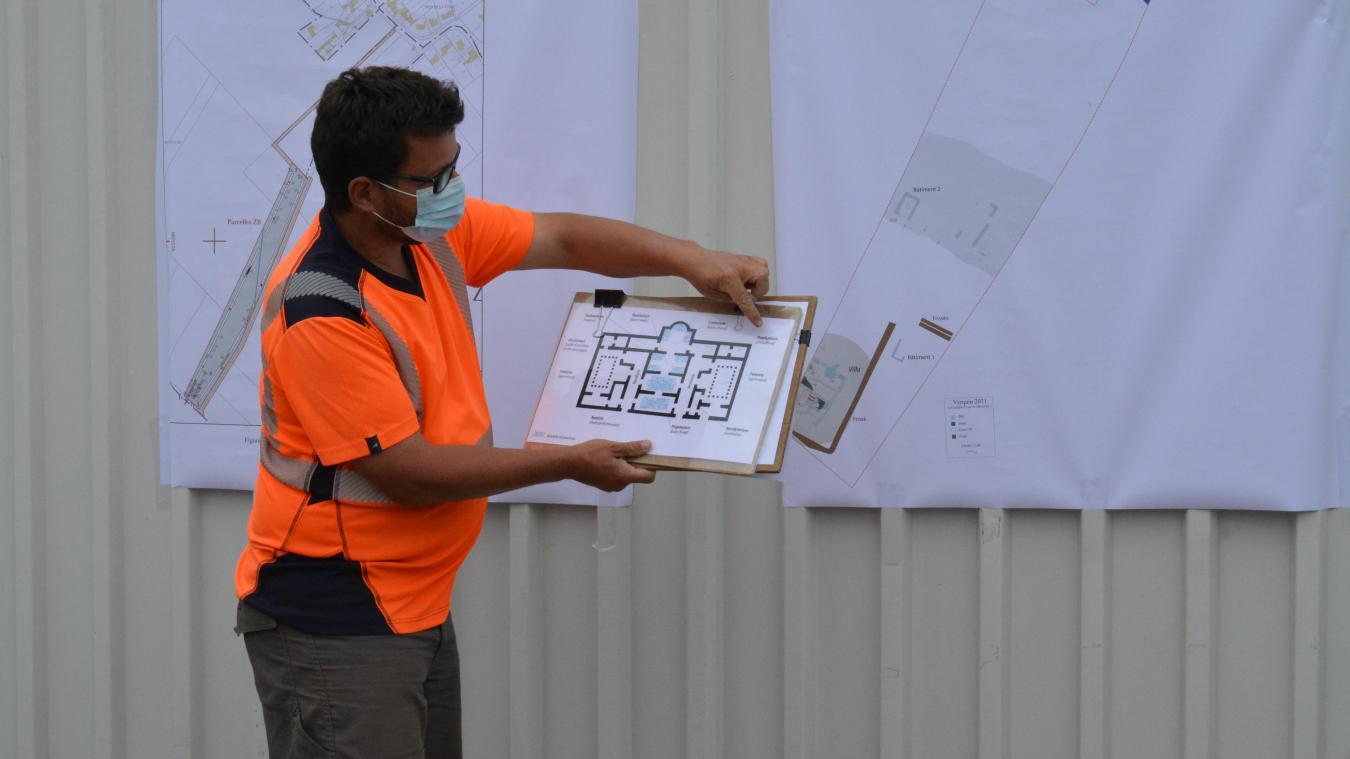 Des plans de ce qui a été découvert ont été montrés lors de la visite, vendredi 16 juillet.