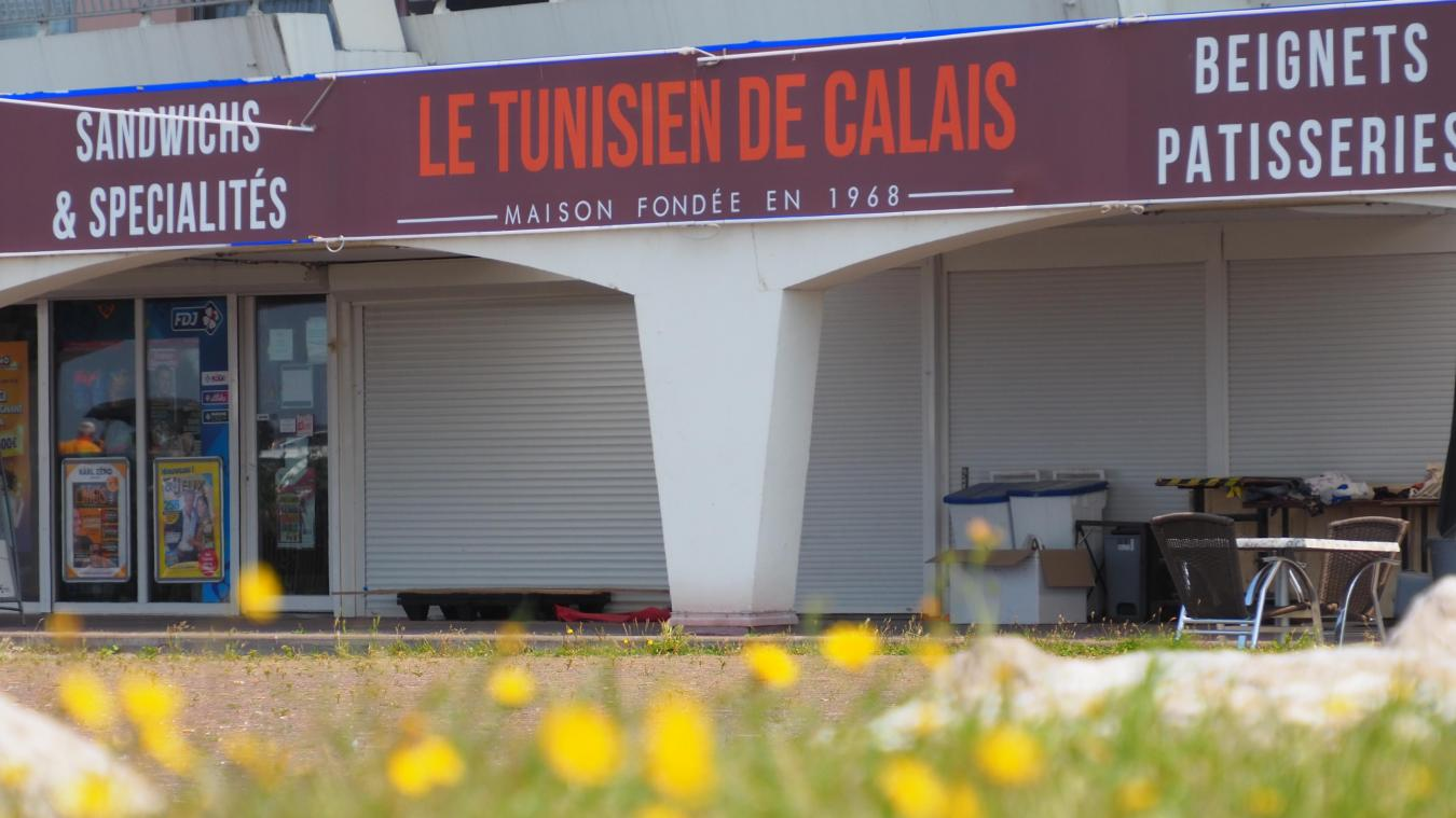 Le Tunisien de Calais devait rouvrir fin juin mais ne l'a pas fait.