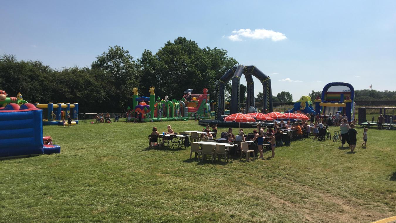 Les enfants ont eu accès aux jeux gonflables gratuitement, du lundi au vendredi.