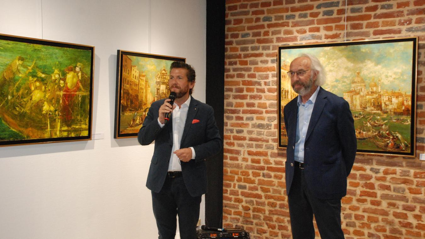 Les talents de Michel Chemin salués par le maire Matthieu Demoncheaux.