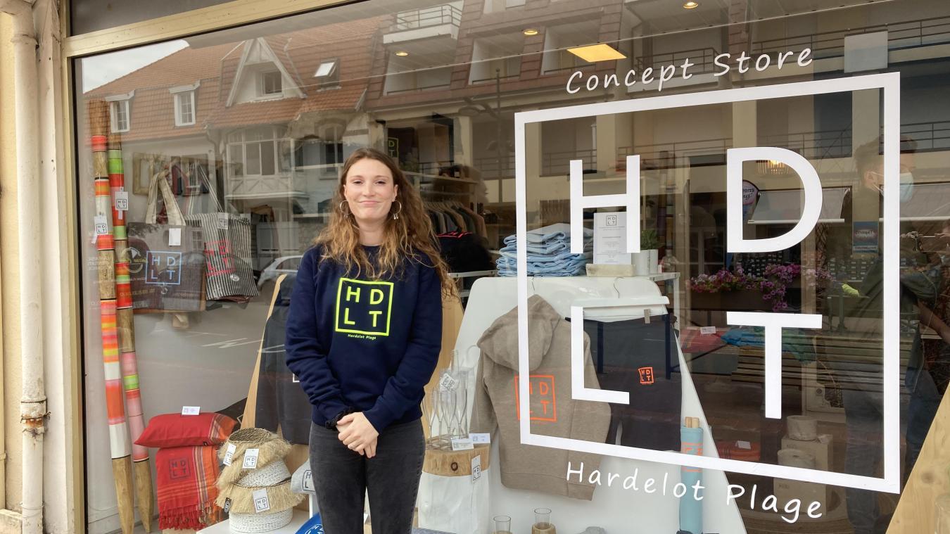 Clémentine Haverbeke est vendeuse au magasin HDLT, avenue de la Concorde à Hardelot.