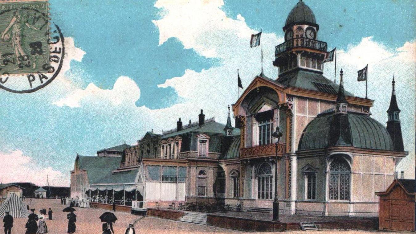 Le casino construit par Achille Bresson, vu du côté de la plage.