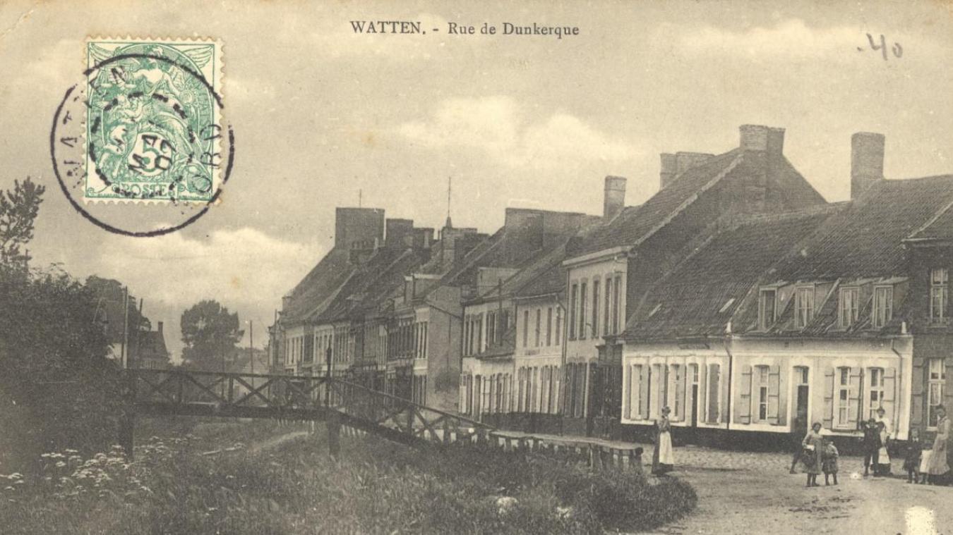 La rue de Dunkerque à Watten.