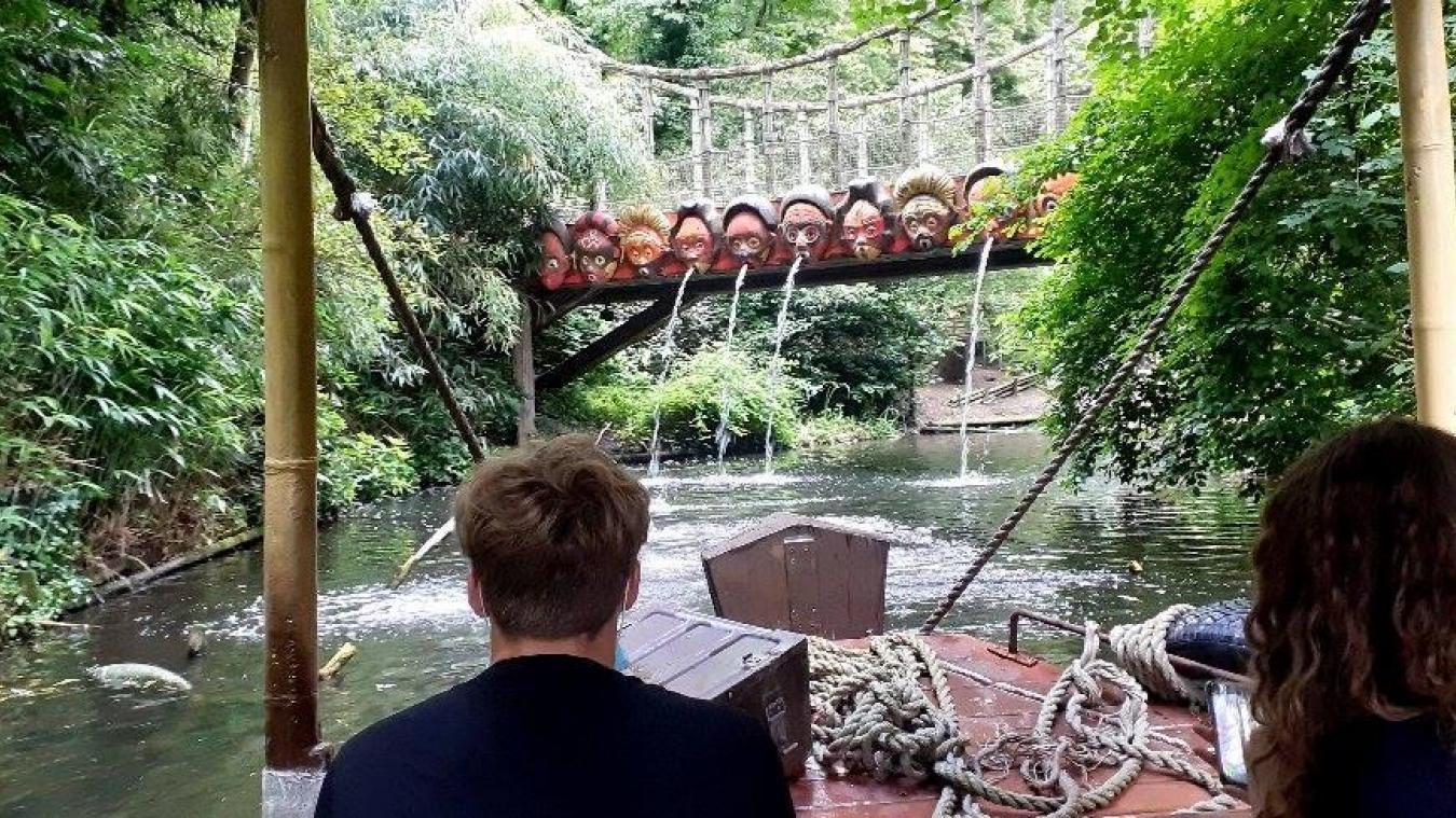Prenez place à bord des bateaux pour rencontrer flamands roses, capybaras, perroquets... D'autres animaux vous attendent dans le parc : girafes, tigres, lions, léopards, lémuriens, singes, zèbres, rapaces...