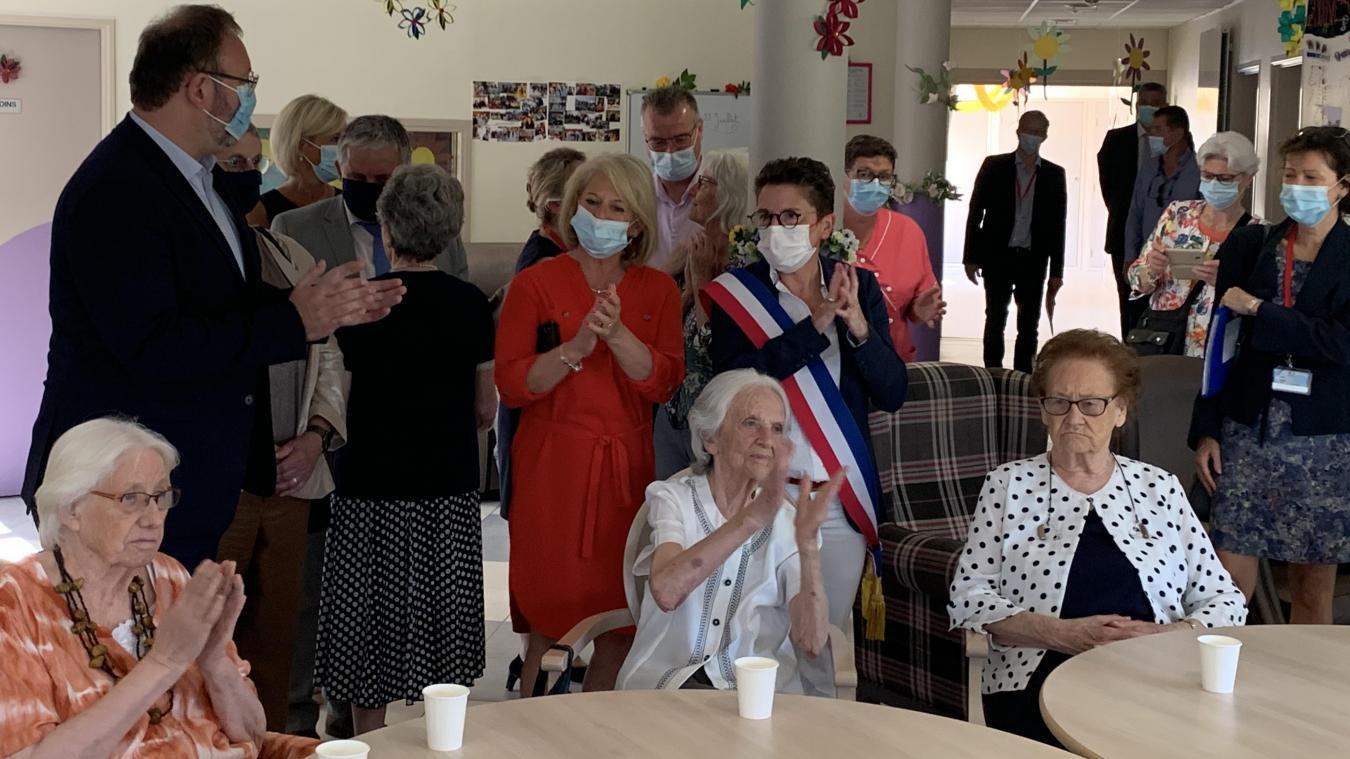 La ministre Brigitte Bourguignon a rendu visite aux résidents de l'Ehpad Georges-Honoré.