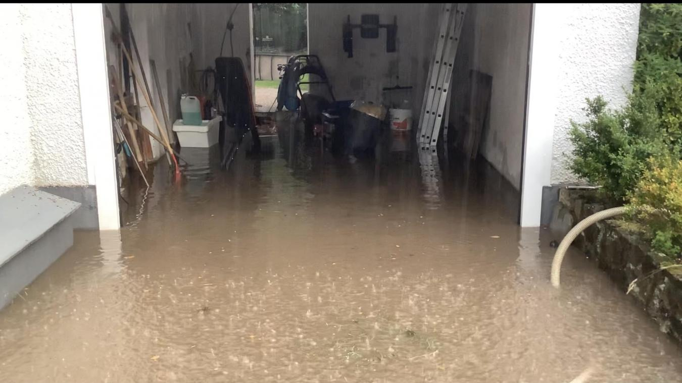 Le garage des Briois s'est retrouvé sous l'eau.