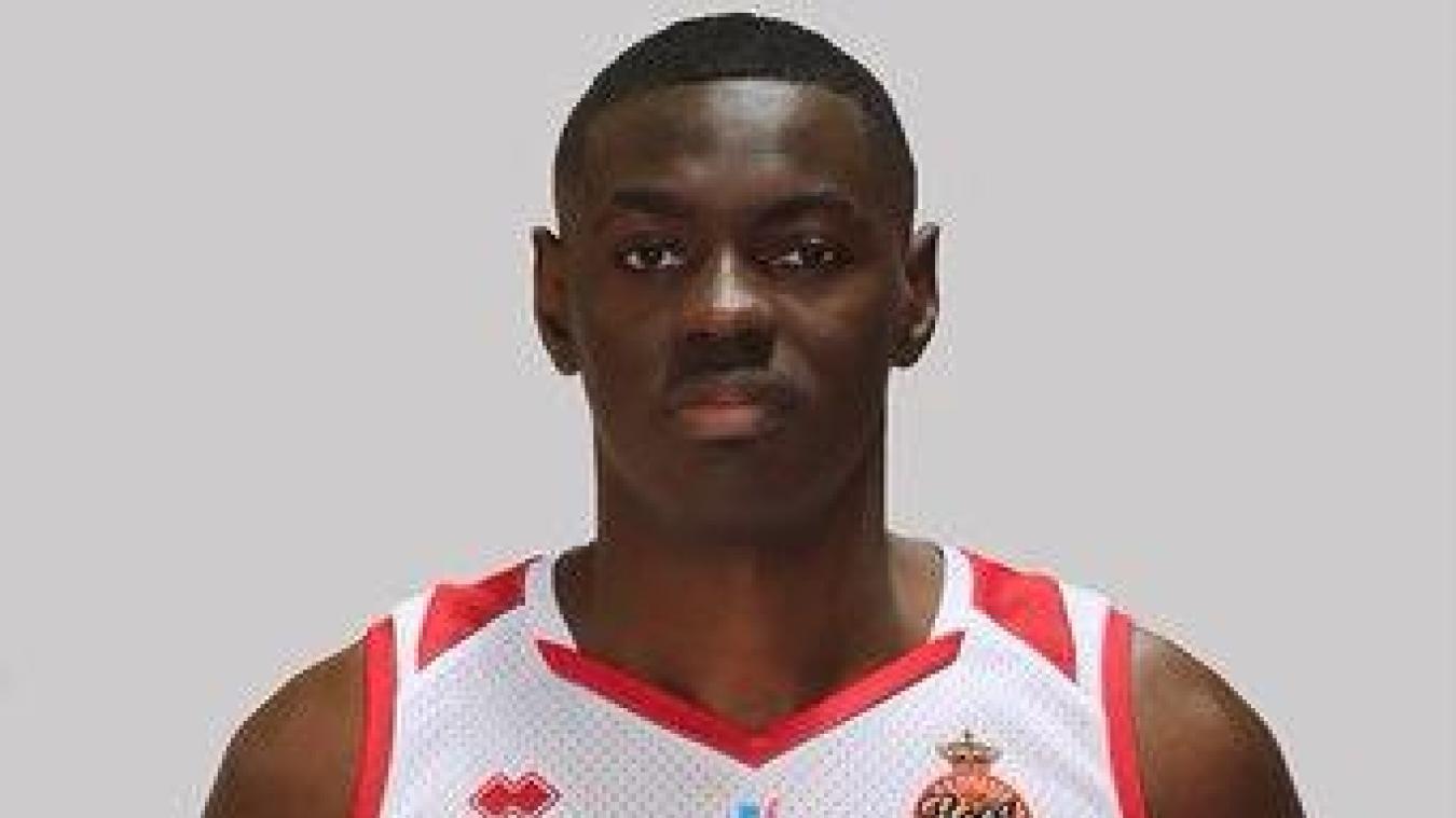Kevin Keliki, un intérieur congolais de 2,08m.