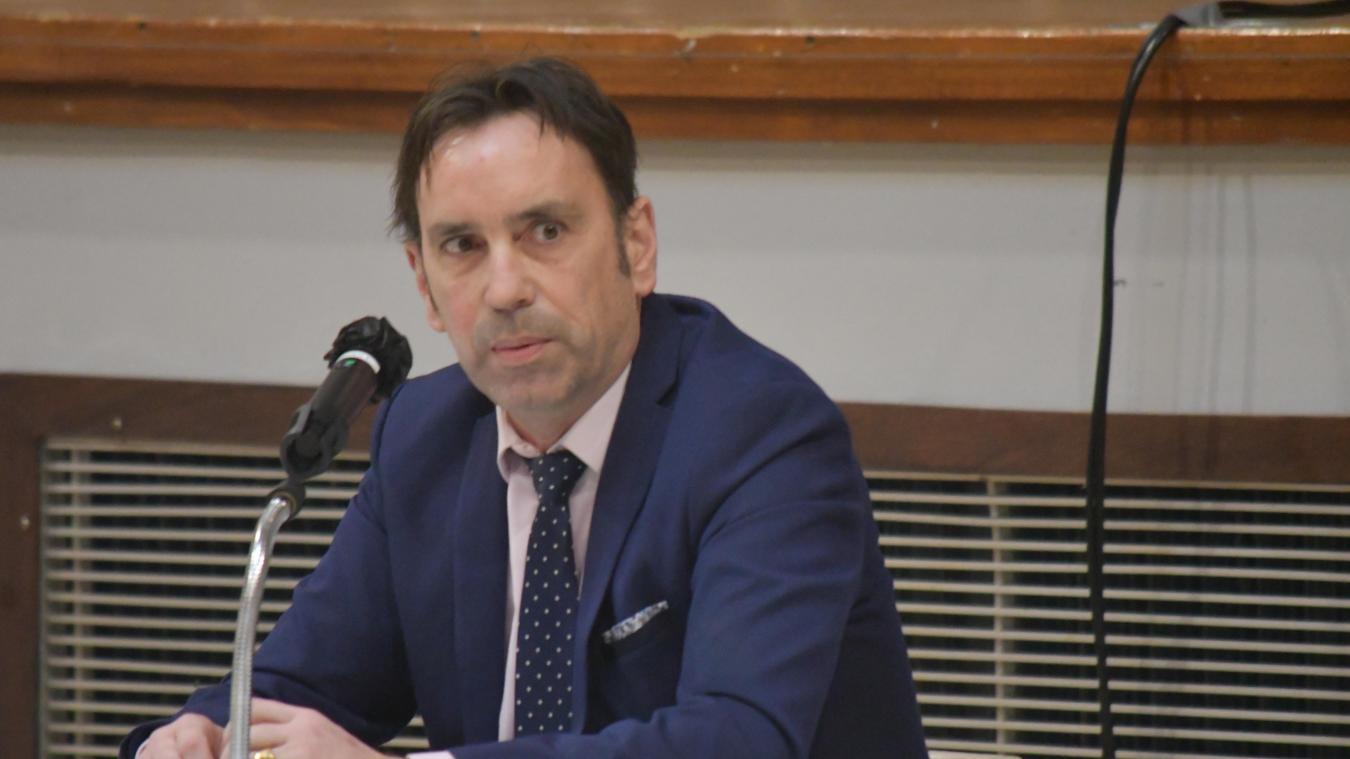 Sony Clinquart avait demandé la démission d'office de cinq élus d'opposition.