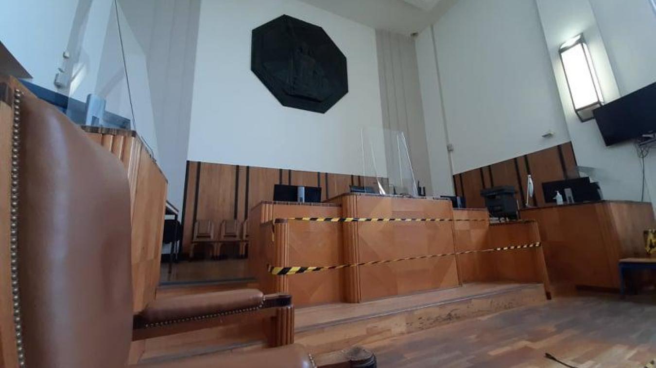 Face au tribunal, le prévenu n'a pas contredit les accusations, se réfugiant derrière l'amnésie.