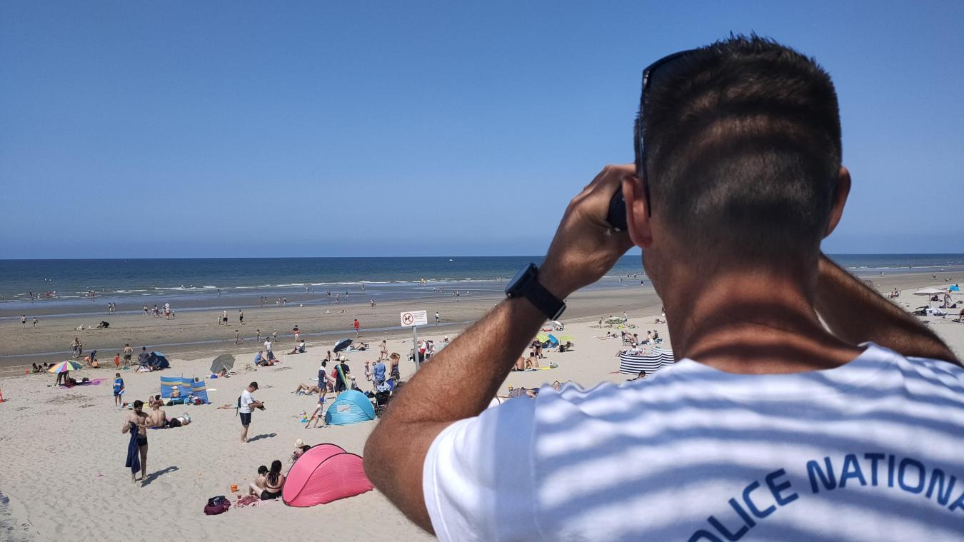 Les CRS veillent quotidiennement sur la plage pour éviter tout accident. Mais les baigneurs ont aussi un rôle à jouer.