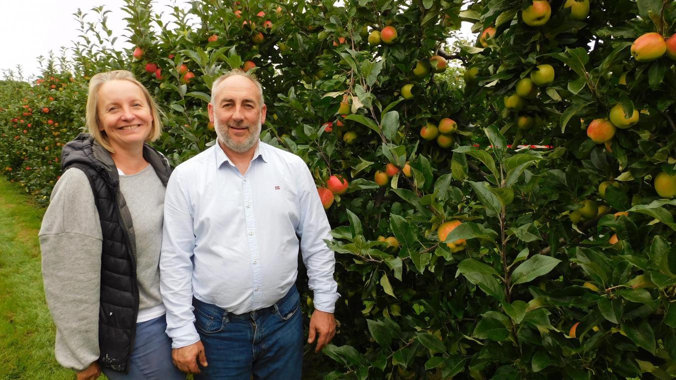 Marie-Pierre et Jean-Charles Level, heureux de pouvoir rouvrir leur verger ce mercredi.