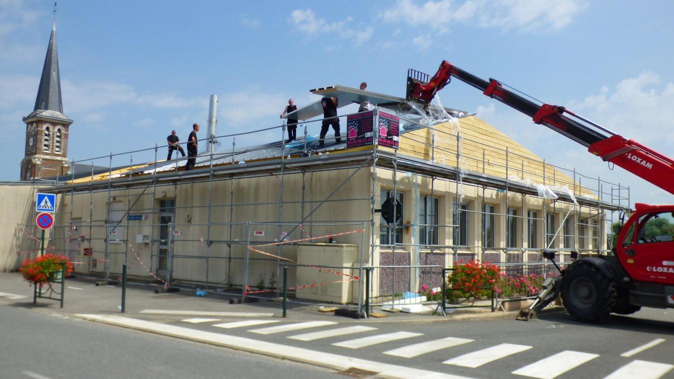 Les travaux de la toiture vont permettre une véritable économie d'énergie.