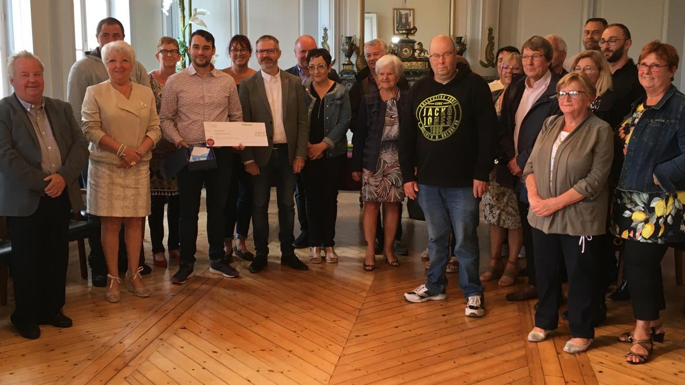 Ce titre a été décerné à l'ensemble des bénévoles qui s'impliquent dans le comité des fêtes, structure aidée financièrement à hauteur de 70% par la municipalité.