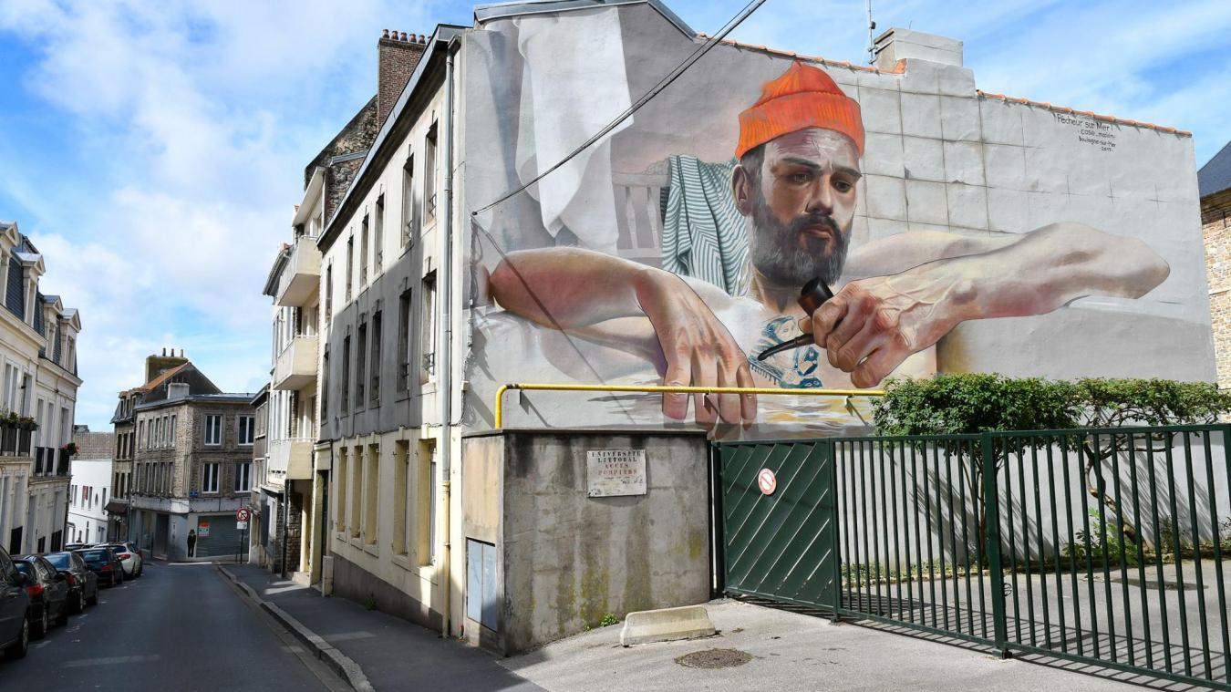 Case_MacLaim avait réalisé en 2017 cette fresque située rue des Pipots.