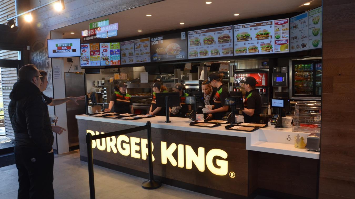Au Burger King du Chemin Vert, qui emploie 46 personnes va en embaucher 20.