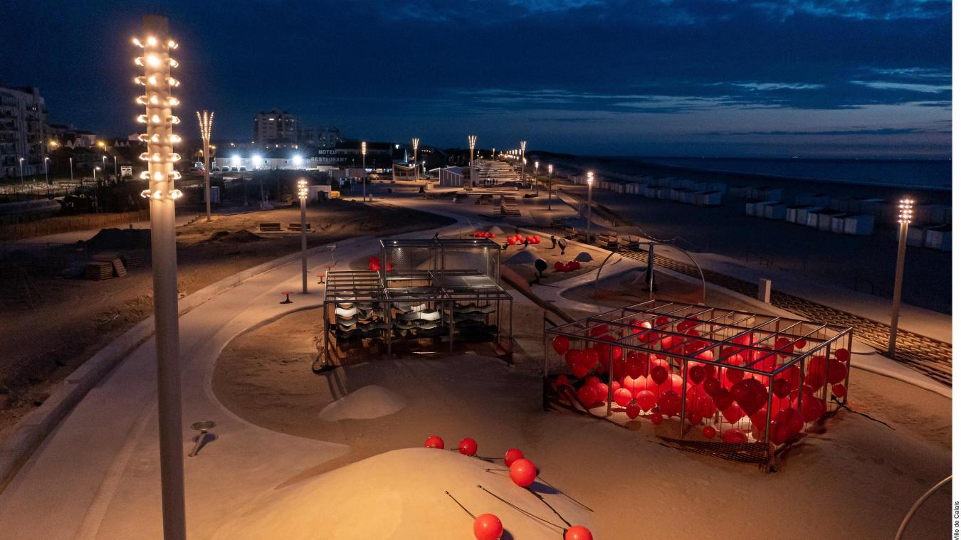 Au total, 163 mats ont été installés pour éclairer le nouveau front de mer.