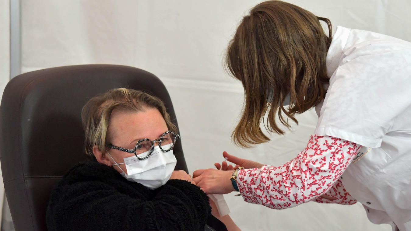Calais : à partir du 15 novembre, la vaccination contre la Covid pourrait se faire ailleurs qu'au Forum Gambetta
