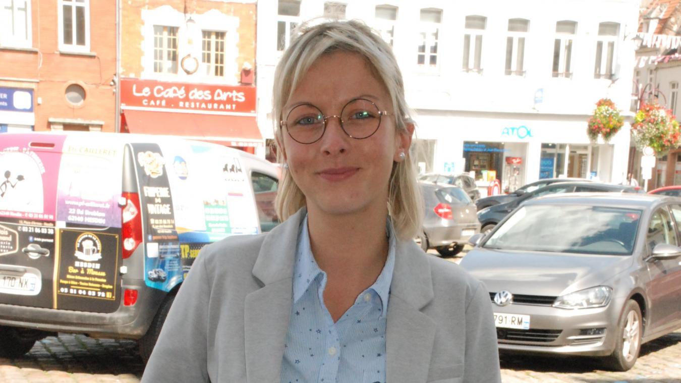 Gwendoline Brasseur est en poste pour 2 ans.