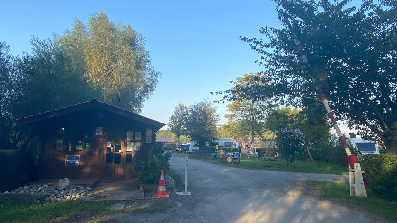 Les faits ont eu lieu dans le camping La P'tite Source à Hames-Boucres, près de Calais.
