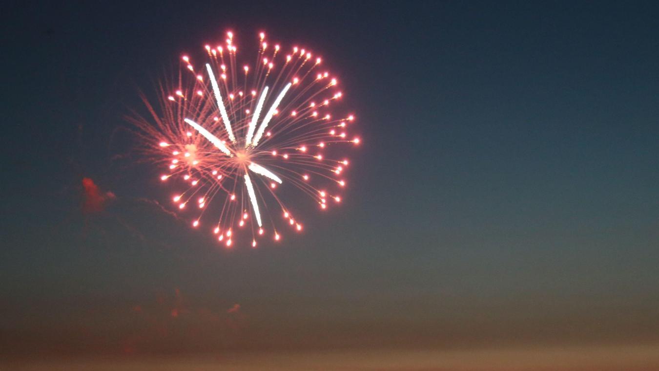 Ce vendredi 10 septembre, un feu d'artifice sera tiré à partir de 21h30, au niveau de la plage de Sainet-Cécile.