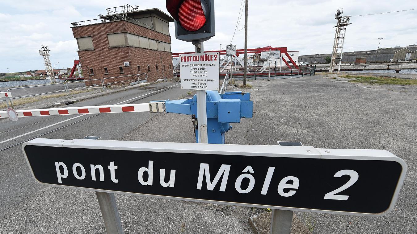Comme l'an dernier, à pareille époque, le pont du Môle 2 est à nouveau fermé pendant quelques jours.