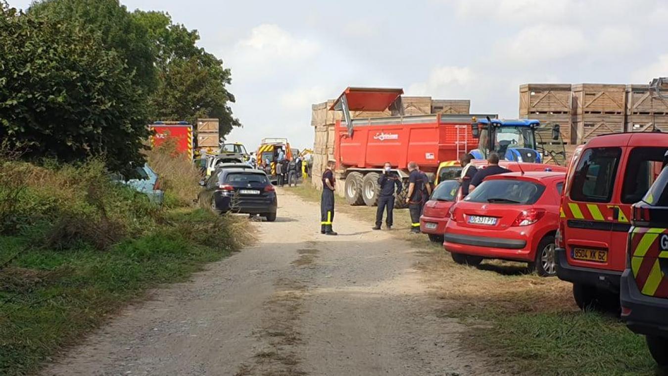 Pompiers, Samu, gendarmes et démineurs sont mobilisés.